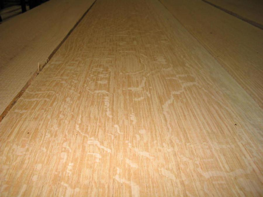 Quarter Sawn Red Oak Figure Close Up