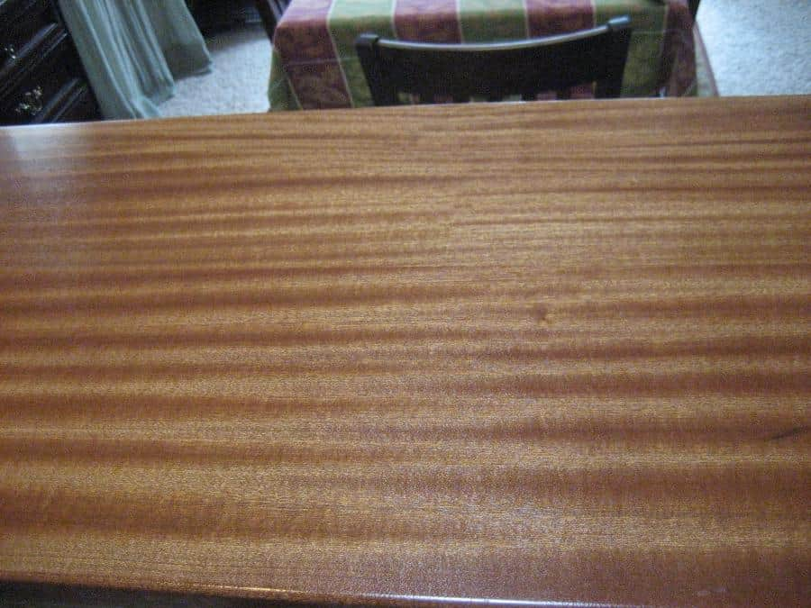 Ribbon Sapele  Bar Close Up