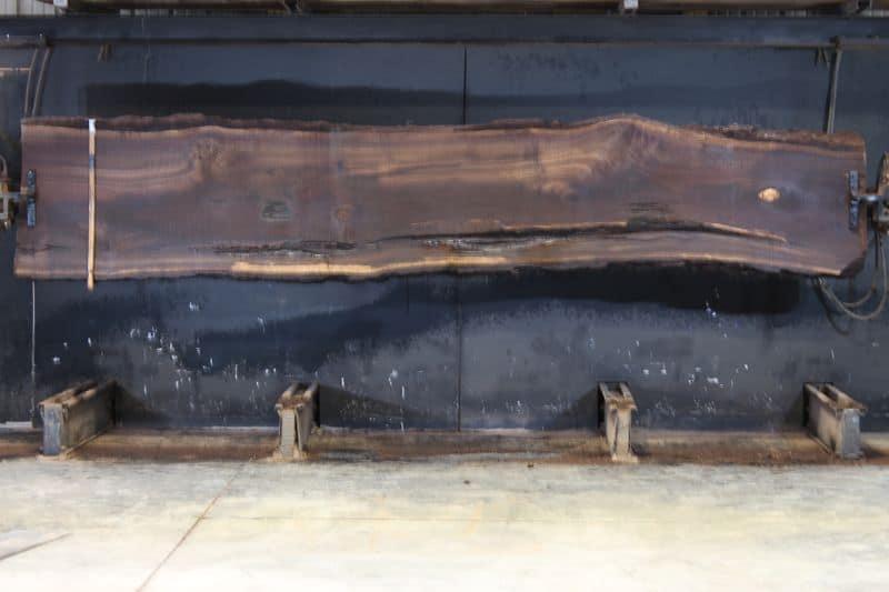 walnut slab 1003-1 rough size 2.5″ x 25-31″ avg. 28″ x 14′